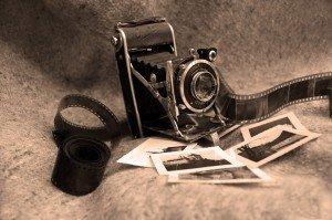 old-camera-1352392598hNf